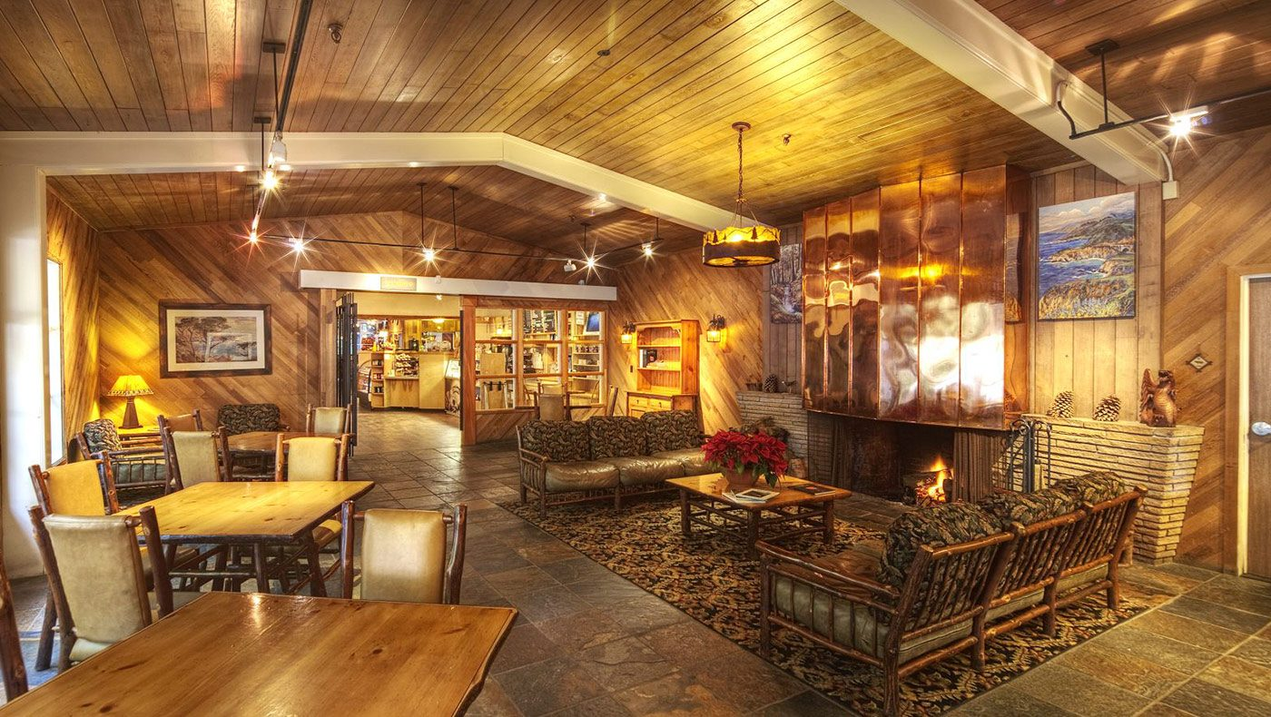 Enjoy a family meal at the Big Sur Lodge Restaurant