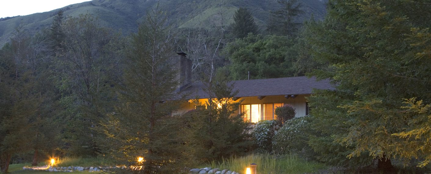 Exterior of building | Big Sur Lodge