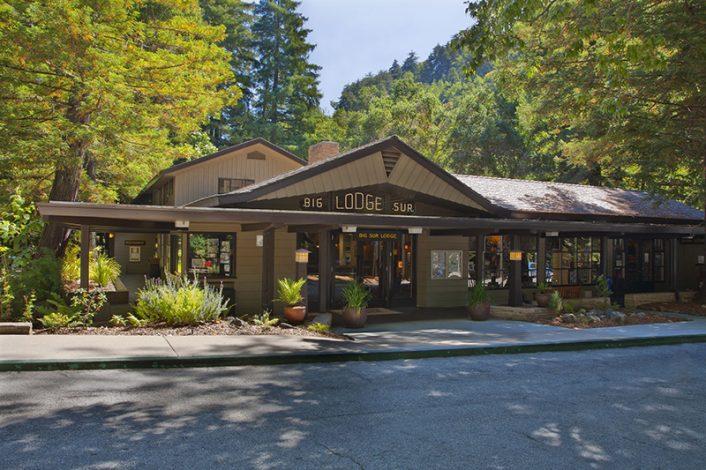 Big Sur Lodge Outside